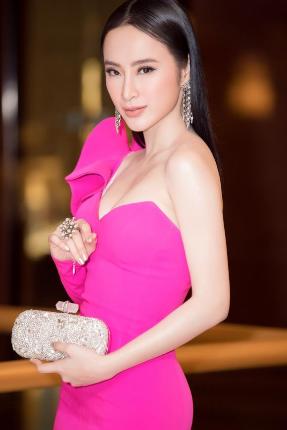 angela-phuong-trinh-8-ngoisao.vn-w1667-h2500 2