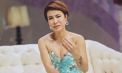 Uyên Linh, ca sĩ Uyên Linh, sao Việt, Taylor Swift