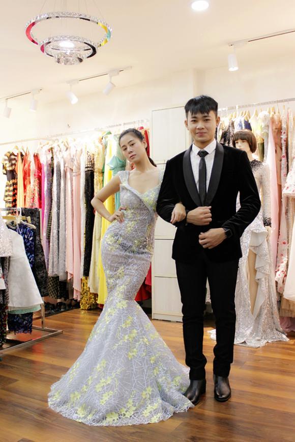 Lan Khuê thử trang phục cho show 2 tỷ, Dương Yến Ngọc lộ hình xăm hoa hồng quyến rũ
