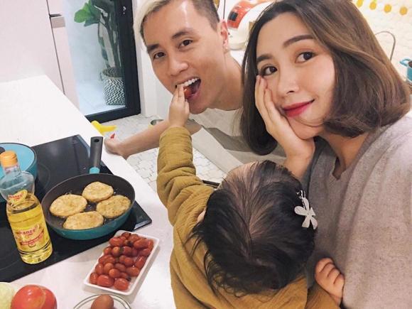 """Heo Mi Nhon chia sẻ: """"Hạnh phúc ngày cuối tuần của tôi là đây! Cả nhà dậy  thật sớm, đi siêu thị rồi về quây quần nấu ăn với nhau !"""