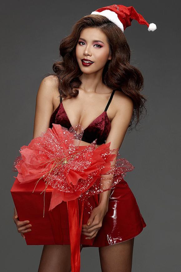 Minh Tú, siêu mẫu Minh Tú, Minh Tú đón giáng sinh