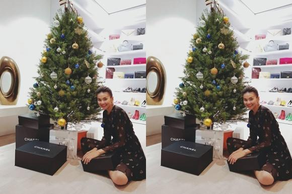 Giáng sinh 2017, quà Noel, sao Việt