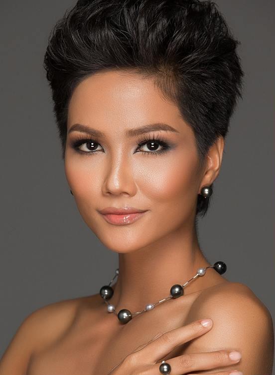 Hoa hậu H'Hen Niê, Hoa hậu hoàn vũ việt nam 2017, sao việt