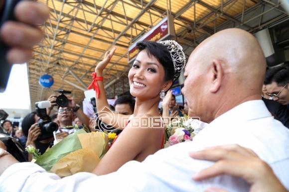 Top 3 Hoa hậu Hoàn vũ Việt Nam, H'Hen Niê, Hoàng Thuỳ và Mâu Thuỷ