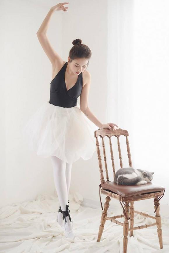 Hot girl Hà Lade xinh đẹp khi múa ballet