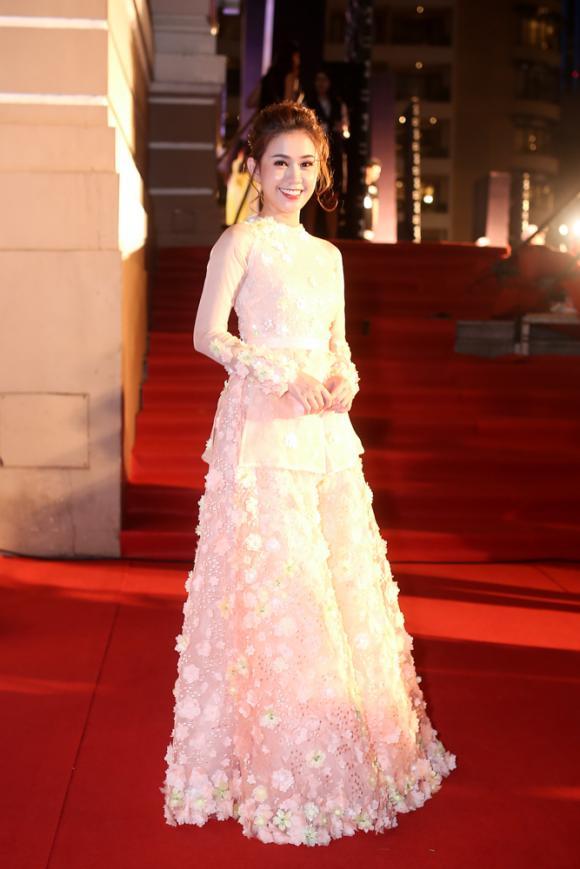 Top 3 Hoa hậu Hoàn vũ 2017, H'Hen Niê, Ngôi sao xanh 2017