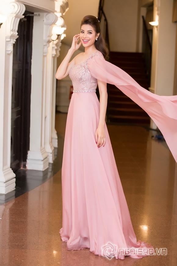 Hoa hậu phạm hương,hoa hậu hoàn vũ việt nam 2015,phạm hương làm mc