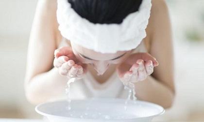 làm đẹp, rửa mặt, rửa mặt nước nóng, chăm sóc da, chăm sóc da mùa đông, rửa mặt bằng nước nóng
