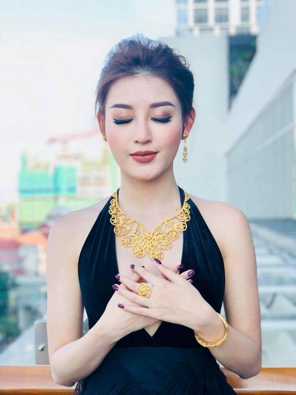 Á hậu huyền my,huyền my sang myanmar,huyền my được chào đón như sao hollywood