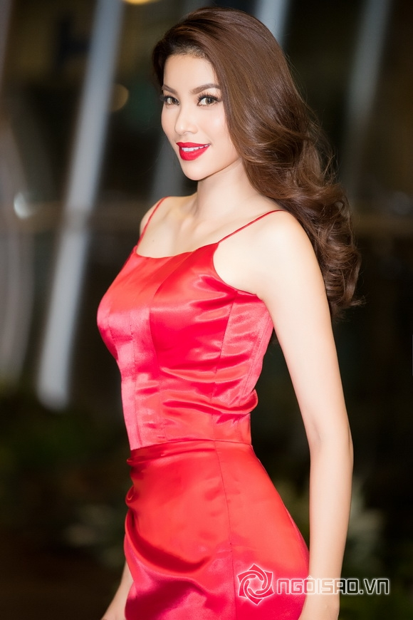 Hoa hậu phạm hương,hoa hậu hoàn vũ việt nam 2015,phạm hương làm mc chuyên nghiệp