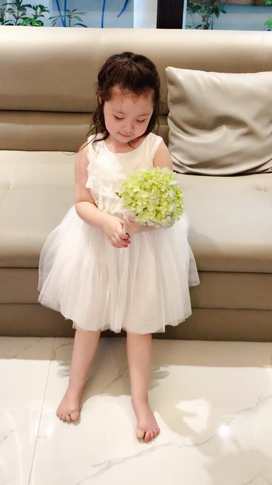 Cadie Mộc Trà, con gái Elly Trần, Elly Trần