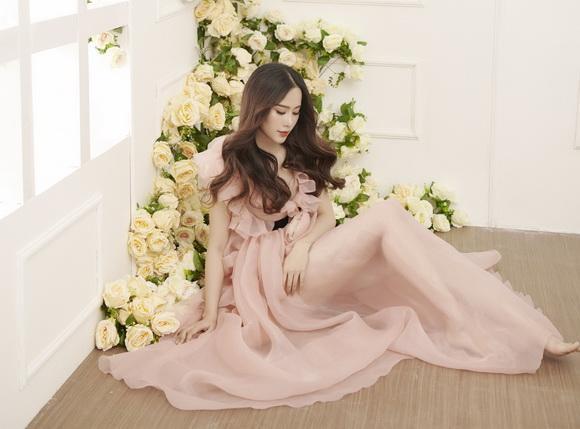 Hoa khôi nam em,Top 8 Miss Earth 2016 Nam Em,nam em hóa công chúa hoa