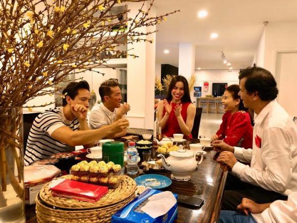 sao Việt, sao Việt đưa người yêu về nhà ăn Tết, Hồ Ngọc Hà, Cường Đô la,