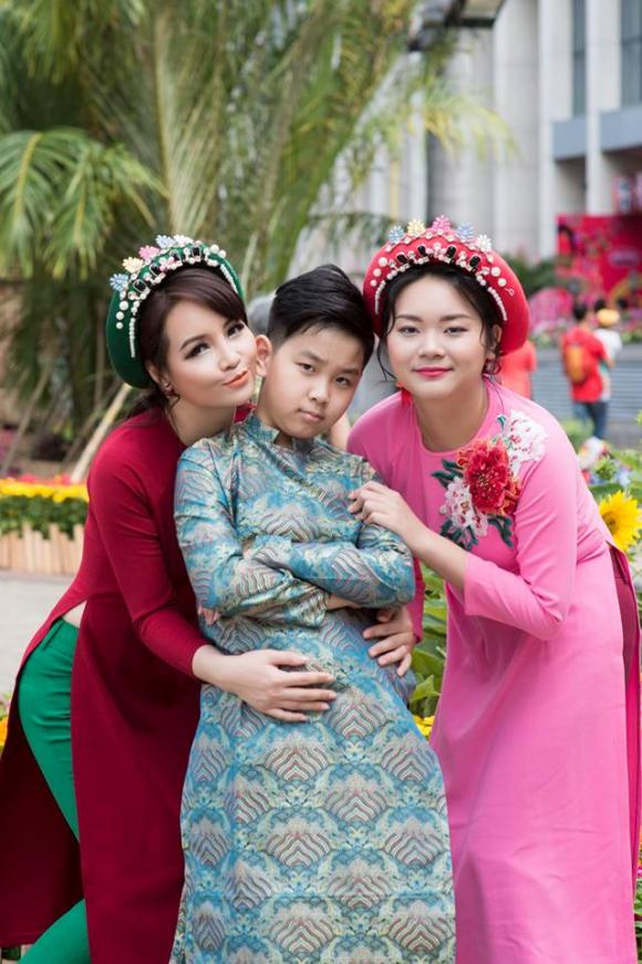 Mai Thu Huyền, diễn viên Mai Thu Huyền, Mai Thu Huyền và con