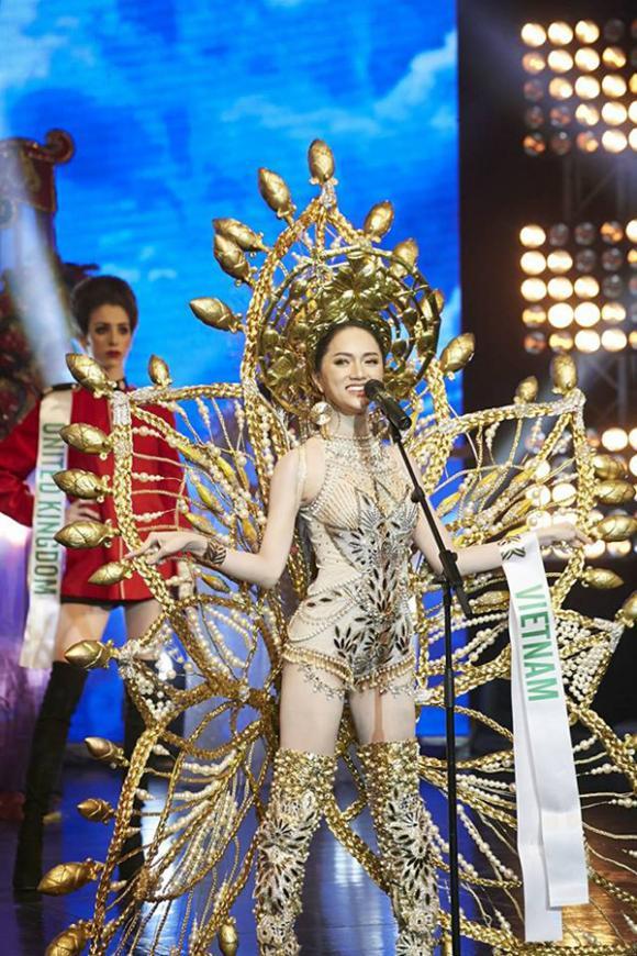 Hương Giang, Hương Giang đăng quang Hoa hậu chuyển giới Quốc tế 2018, Hoa hậu chuyển giới Quốc tế 2018