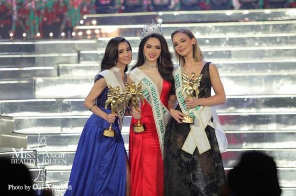 Lâm Khánh Chi,Hương Giang,Hương Giang đăng quang Hoa hậu Chuyển giới Quốc tế 2018