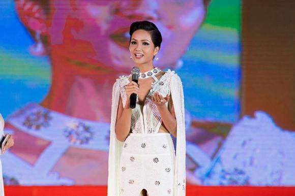 H'Hen Niê, Hoa hậu H'Hen Niê, thời trang H'Hen Niê