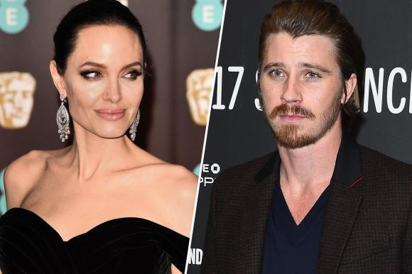 Diễn viên Angelina Jolie, angelina jolie hẹn hò, angelina jolie có cảm tình, diễn viên giống brad pitt thời trẻ