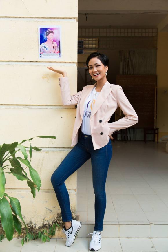 H'Hen Niê,Hoa hậu H'Hen Niê,sao Việt