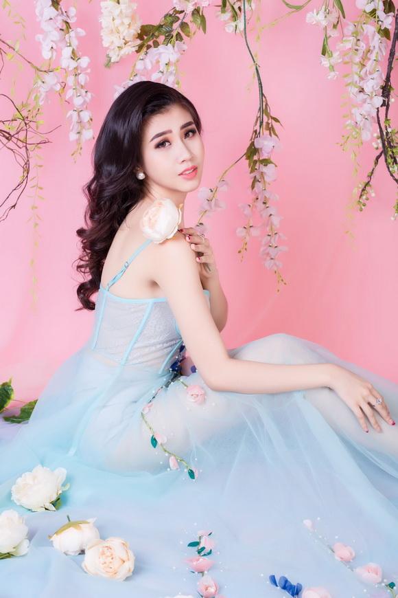 Nguyễn Thanh Phương Đài, Người mẫu Phương Đài, sao việt