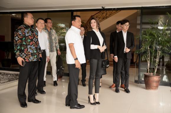 Lý Nhã Kỳ,Chánh Văn phòng Phủ Tổng thống Indonesia,nữ doanh nhân Lý Nhã Kỳ