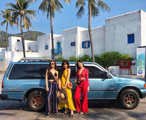 Huyền Lizzie, Phương Anh, Thu Hoài, sao Việt