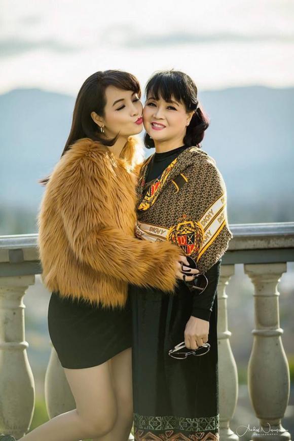 Mai Thu Huyền, mẹ Mai Thu Huyền, xinh đẹp
