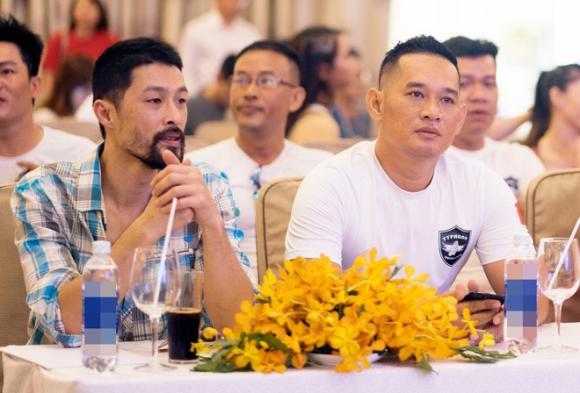 Johnny Trí Nguyễn, Ngô Thanh Vân, sao Việt