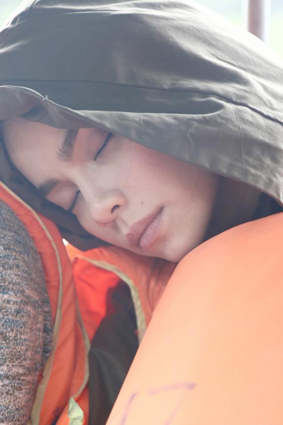 Mỹ nhân việt,mỹ nhân việt ngủ gật,mai phương thúy,hồ ngọc hà