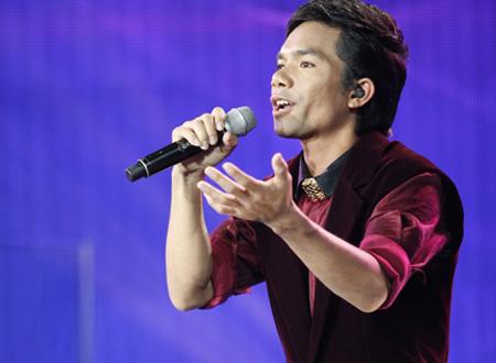Ya Suy, ca sĩ Ya Suy, Quán quân Vietnam Idol 2012