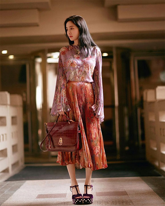 Phạm Băng Băng, Địch Lệ Nhiệt Ba, Lưu Thi Thi, chân váy, sao hoa ngữ