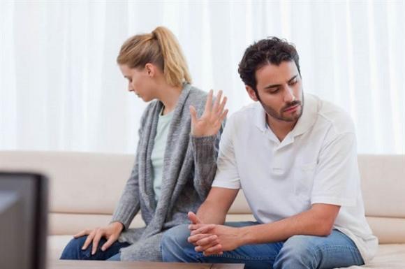 'Cảm nắng' đồng nghiệp nam, tôi không biết phải làm sao để hết cảm giác tội lỗi với người vợ đang mang thai của anh