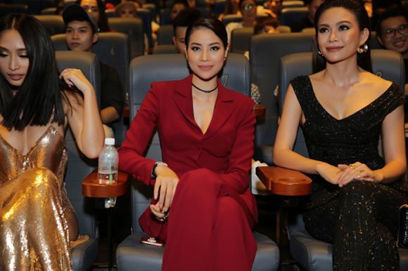 Quỳnh Thy,Phạm Hương,sao Việt
