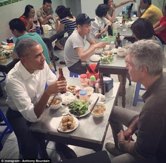 đầu bếp ăn bún chả cùng obama, Anthony Bourdain, đầu bếp nổi tiếng tự tử