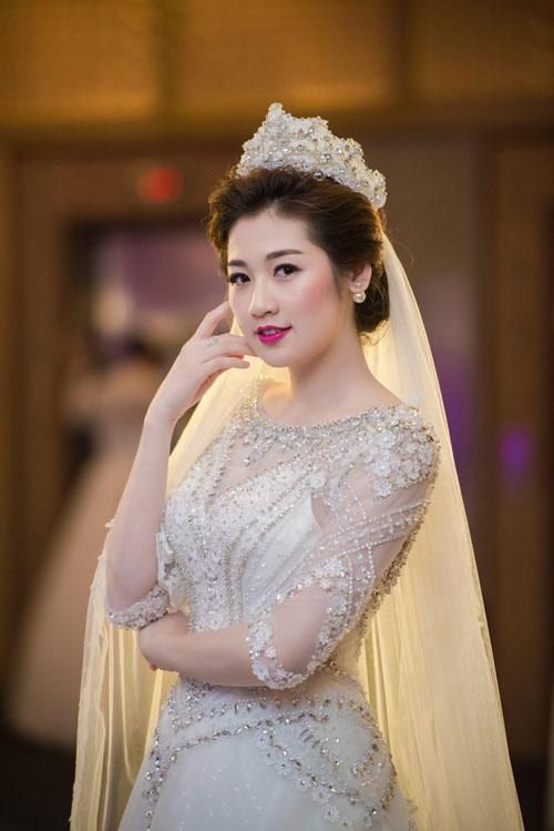 hoa hậu việt nam 2012, hoa hậu  thu thảo, á hậu tú anh