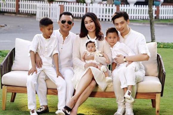 sao Việt, con riêng, Lệ Quyên, Hà Kiều Anh, Diva Mỹ Linh