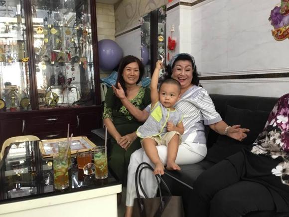 Quốc Cơ và Quốc Nghiệp, NSND Kim Cương, sao Việt