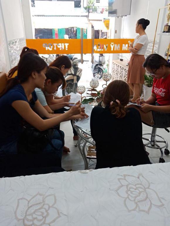 Phun xăm thẩm mỹ, Tiptop Beauty & Academy Center, Chuyên gia Thảo Phạm