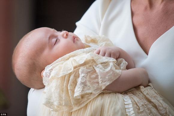 công nương Kate Middleton,con trai của công nương Kate Middleton,thời trang công nương Anh