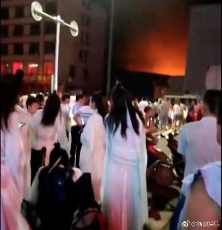 Tiểu long nữ,Lý Nhược Đồng,hỏa hoạn phim trường