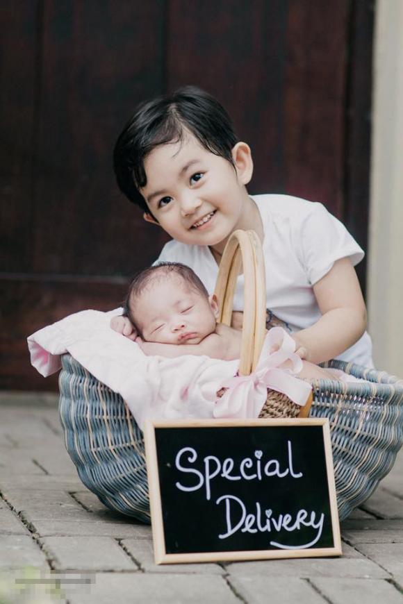 Khánh Thi, Phan Hiển,đời sống sao