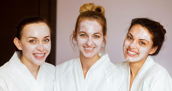 mặt nạ làm đẹp, thời điểm đắp mặt nạ, đắp mặt nạ vào thời điểm nào tốt nhất cho làn da