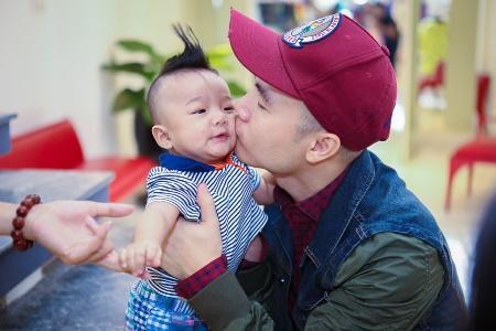 Đỗ Mạnh Cường, sao Việt, nhận con nuôi