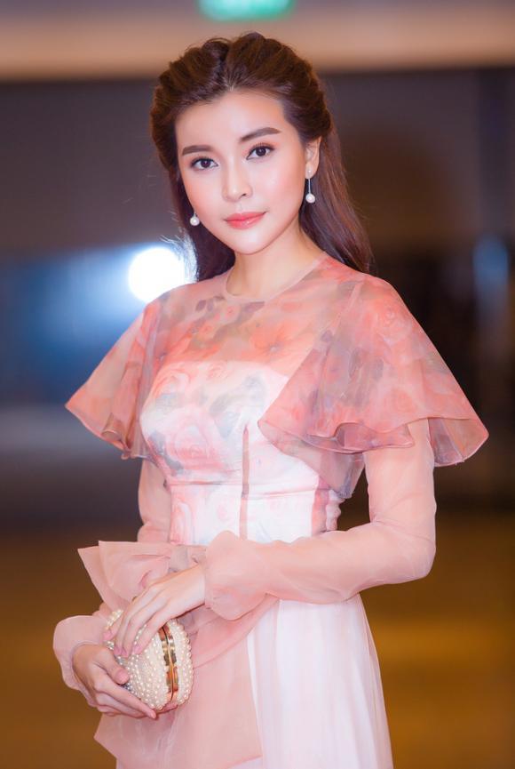 điểm tin sao Việt, sao Việt tháng 8, tin tức sao Việt hôm nay,Phi Thanh Vân, Minh Hằng