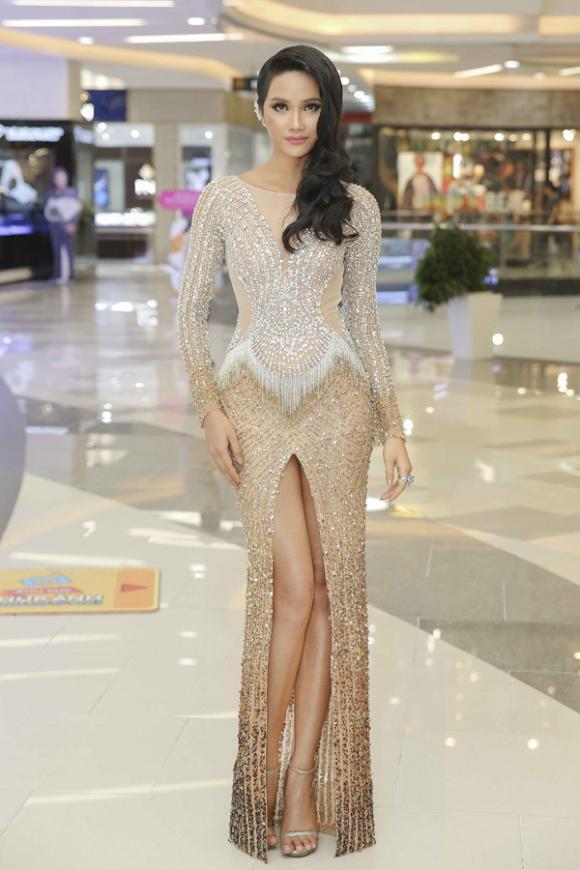 nữ hoàng thảm đỏ,showbiz Việt,sao Việt,Jang Mi,Angela Phương Trinh,Hương Giang,Lan Khuê,H'Hen Nie,Ngọc Diễm