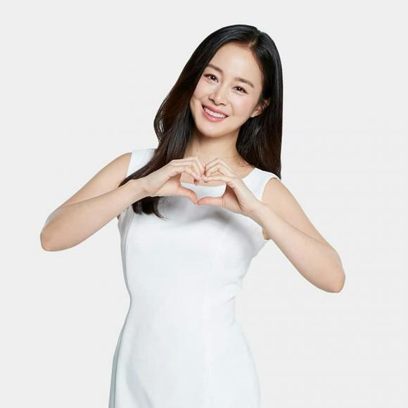 Hành động bất ngờ của Kim Tae Hee dấy lên nghi vấn xích mích gia đình  - Ảnh 2.