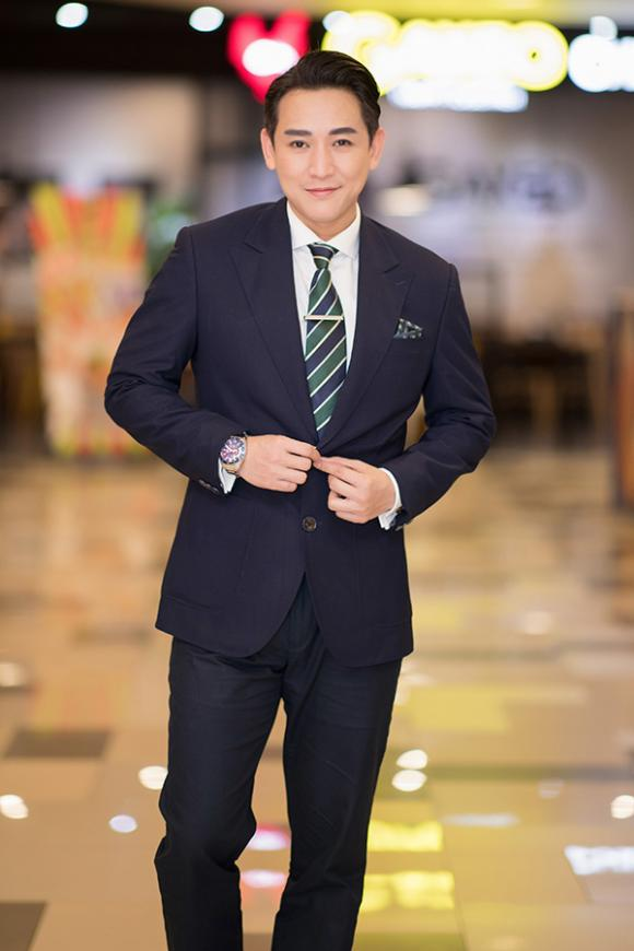 Thái Hòa, Hữa Vĩ Văn, Johnny Trí Nguyễn