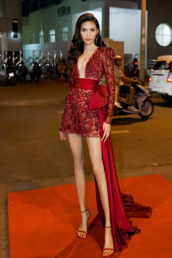 Lan Khuê, Khánh My, sao Việt