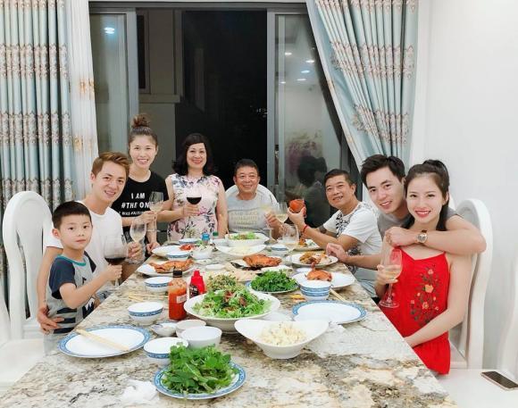 điểm tin sao Việt, tin tức sao Việt hôm nay, Chi Pu, NTK Đức Hùng,