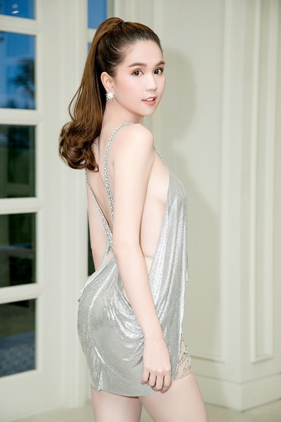 Ngọc Trinh, sao Việt, hàng hiệu